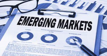 新興国株と米国株のどちらが投資メリットが大きい?